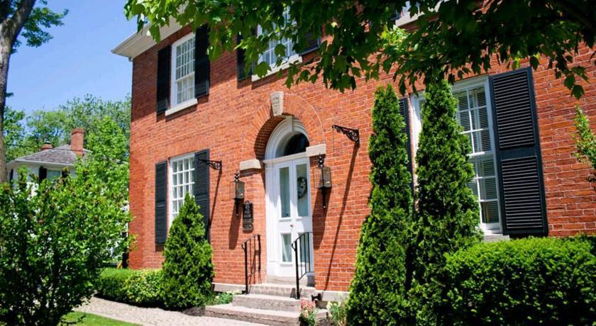 Post House Inn, Circa 1835 | Niagara on the Lake