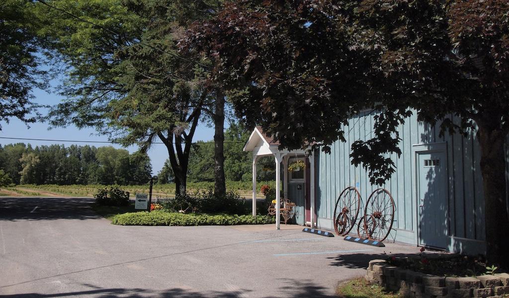sunnybrook farm estate winery