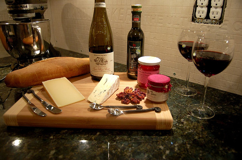 wine and cheese tasting 101