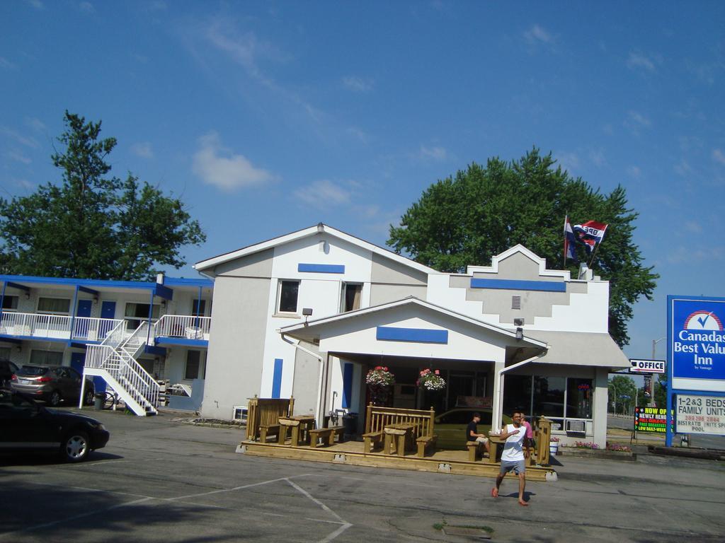 A Motel Niagara Falls Ontario