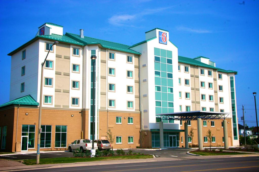 Hotels With Breakfast In Niagara Falls Ontario