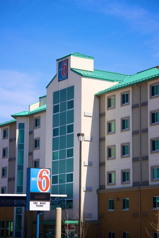Motel 6 Niagara Falls Niagara Falls Hotels Amp Motels