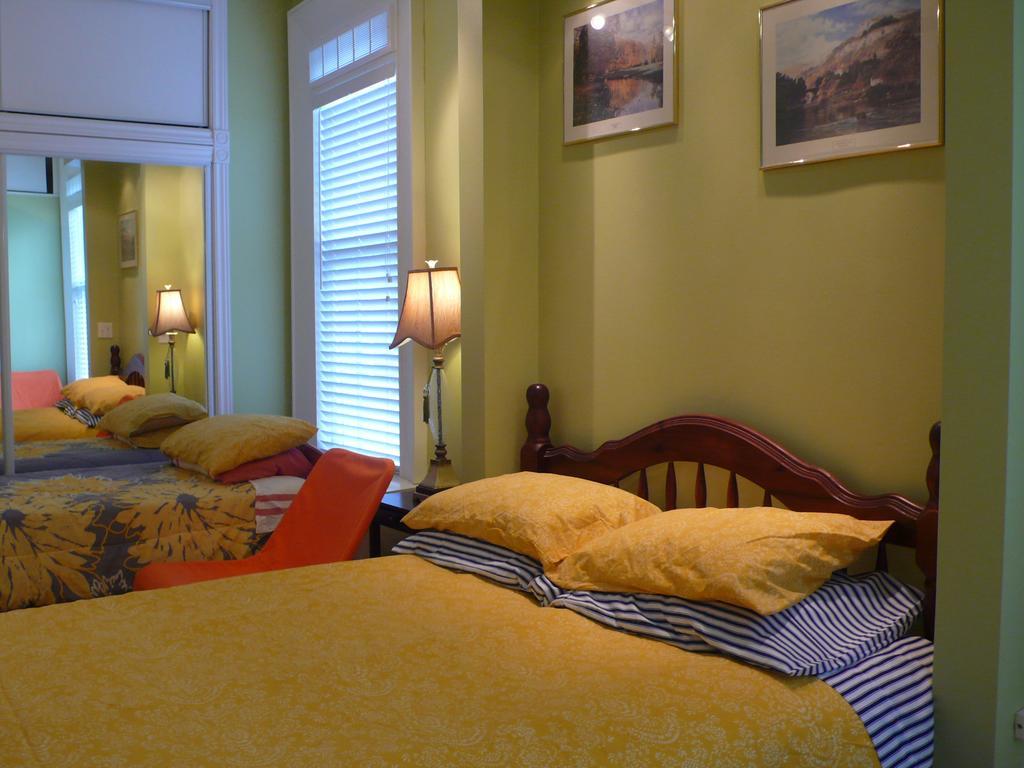 Niagara's Emerald Falls Bed & Breakfast
