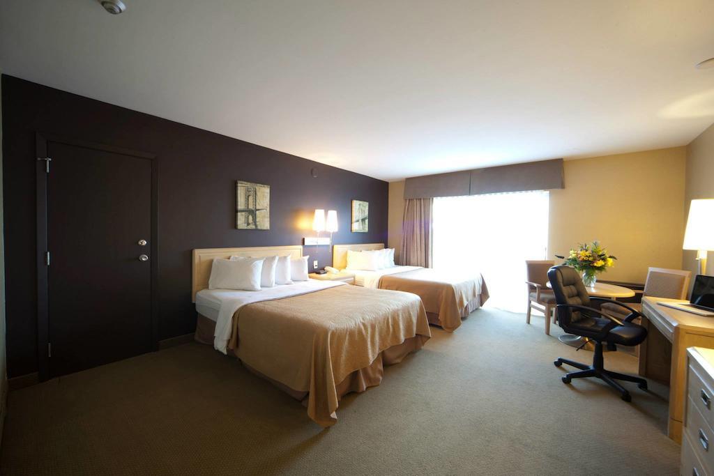 Quality Hotel Fallsview Cascade Niagara Falls Hotels
