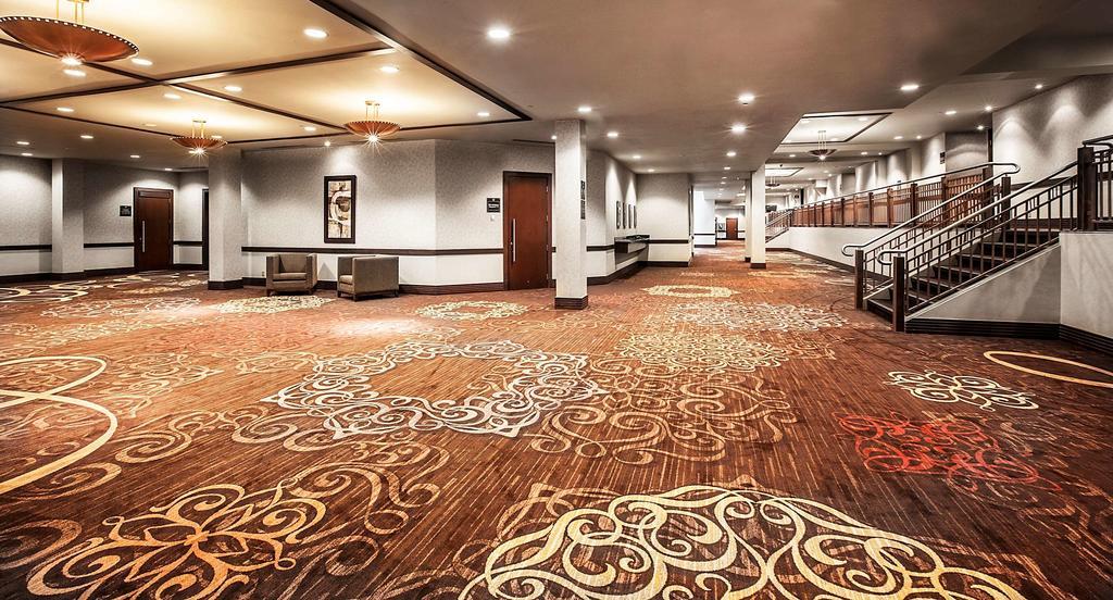 Sheraton On The Falls Hotel Niagara Falls Hotels Amp Booking