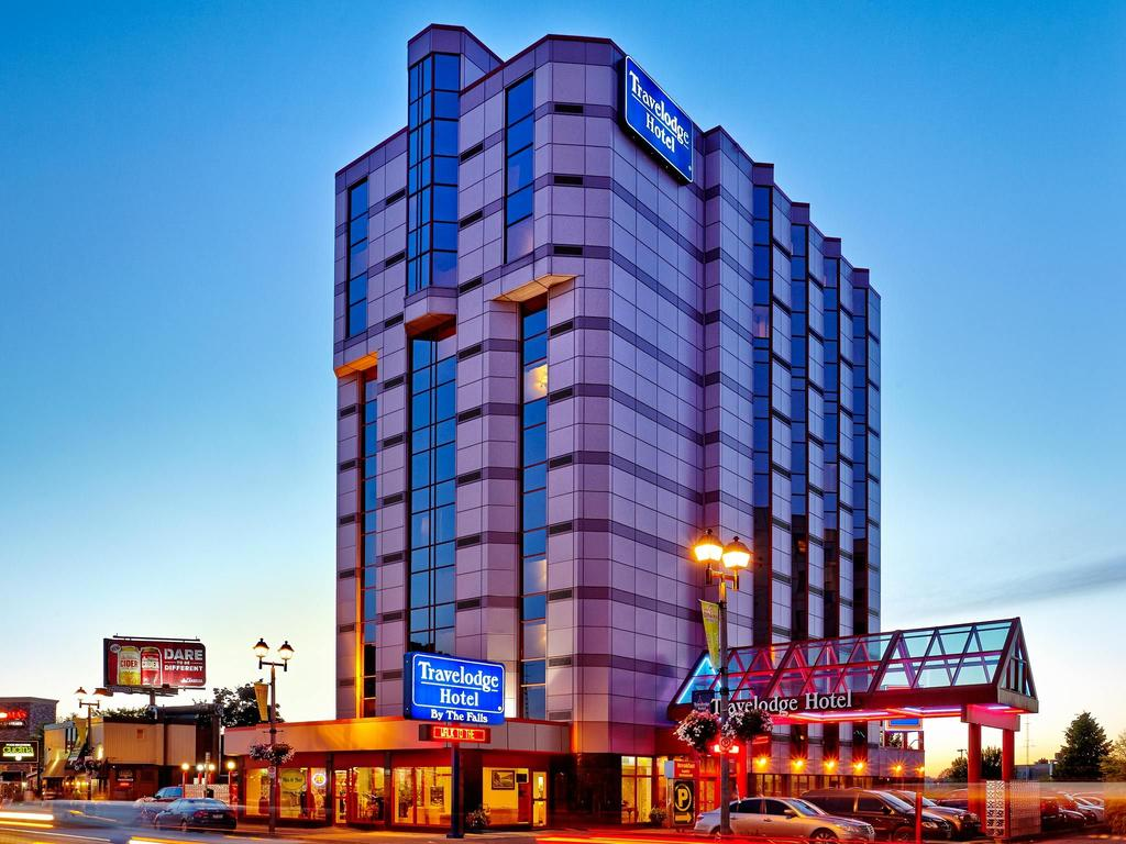 Travelodge Hotel by the Falls