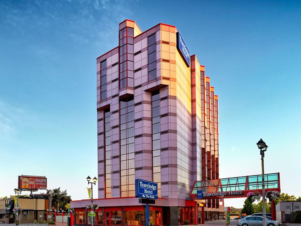 Travelodge Hotel By The Falls Niagara Falls Hotels
