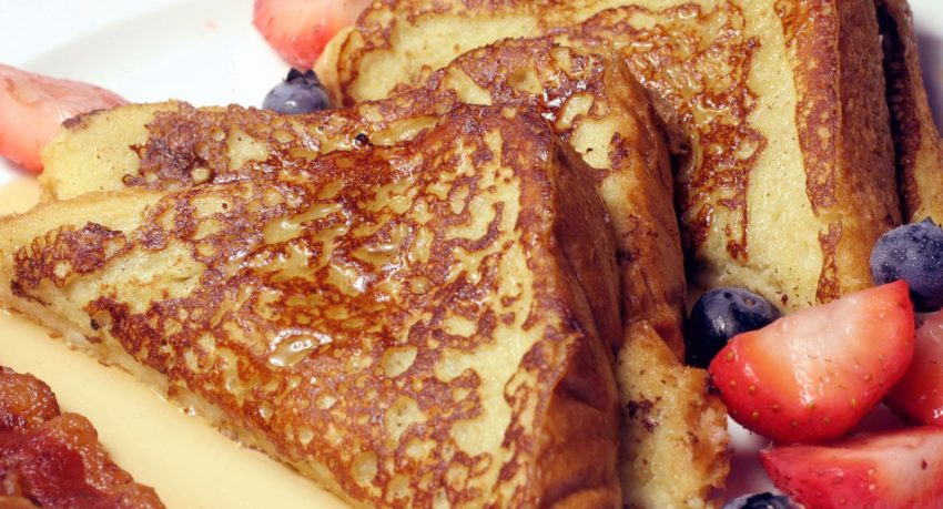 Pain perdu (French toast) with caramel