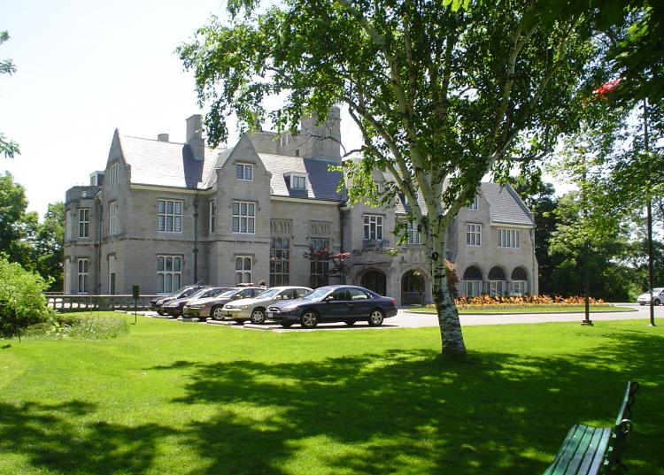 oak hall golf club